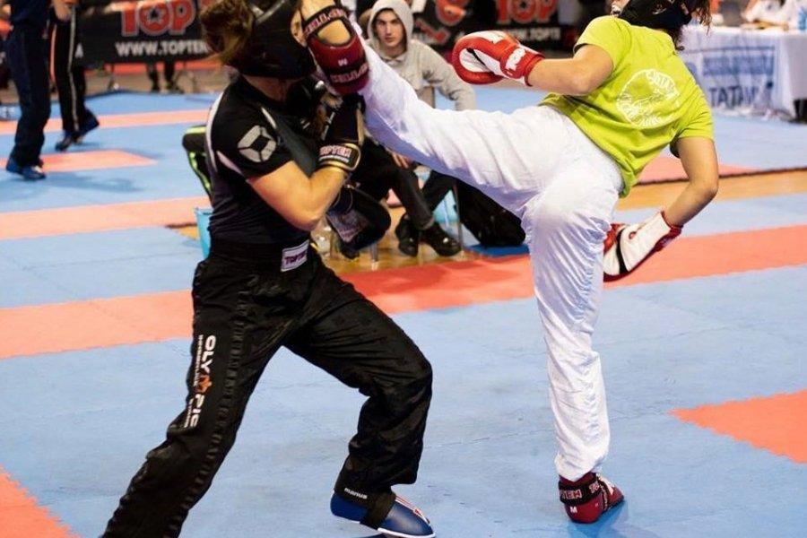 Magyar csapatsikerek a kick-boxos idénynyitón