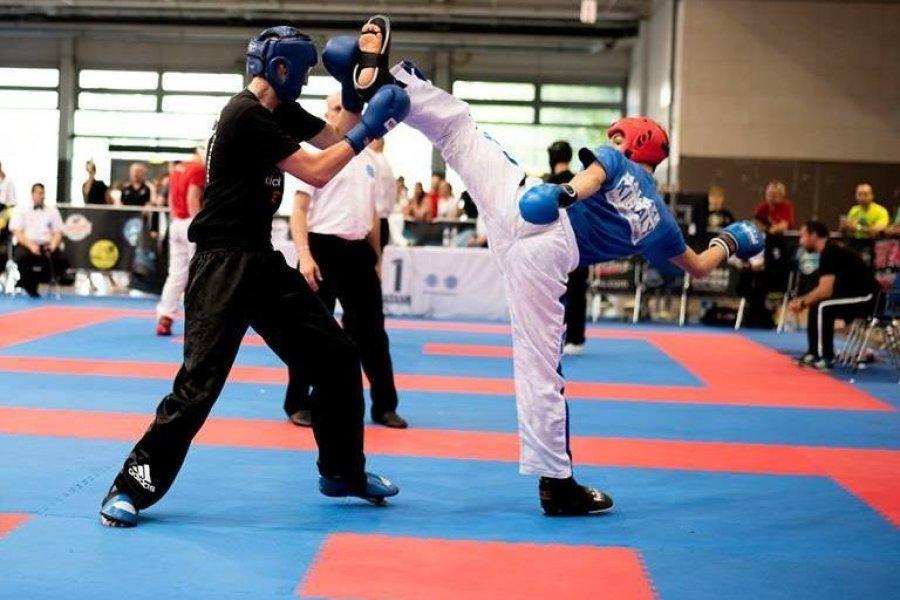 A kick-boxos Busa és Fésű triplázott Pozsonyban