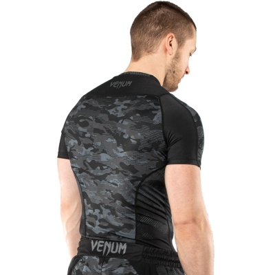 Rashguard, Venum, DEfender, long sleeeves, black-white