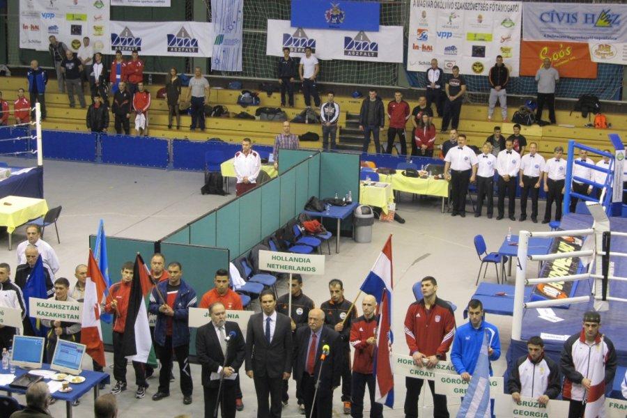 Megkezdődött a 60. Bocskai István ökölvívó emlékverseny. Csóka, Herczeg és Harcsa győzelemmel indított!