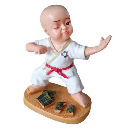Karate figure 4